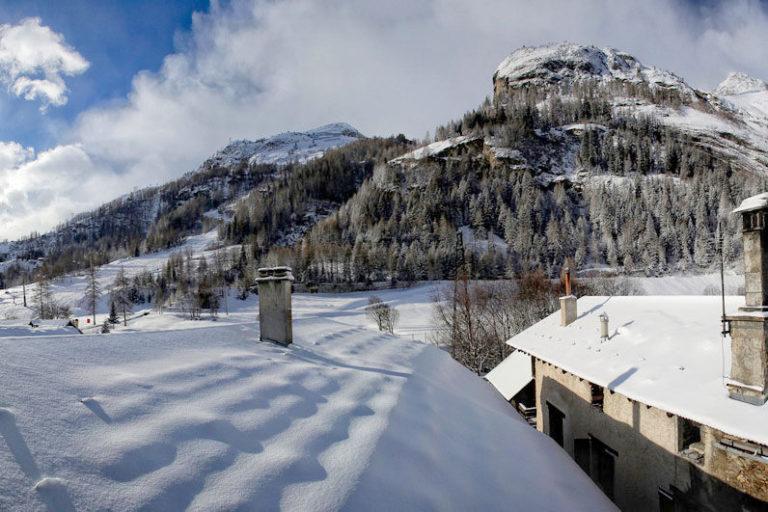 Chalet Le Loup Tignes Balcony View
