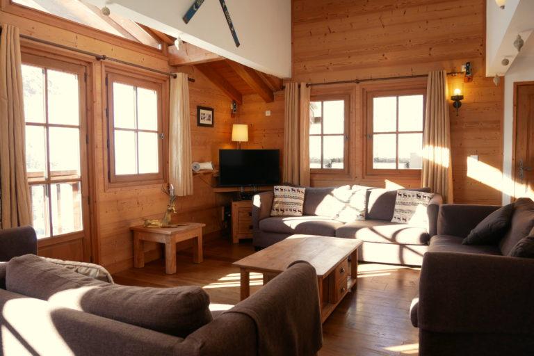 Chalet Le Vallon Living Area Reverse View