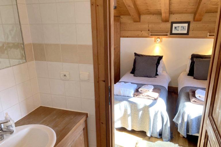 Chalet Le Vallon bedroom 4 ensuite