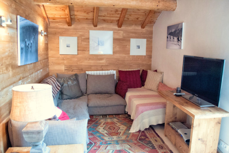 Chalet Arabette Top Floor TV Lounge
